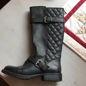 Stevies Target Girls Boots Black Sz 4